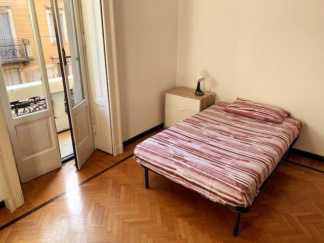 Castleglass Room / Stanza singola Castelvetro