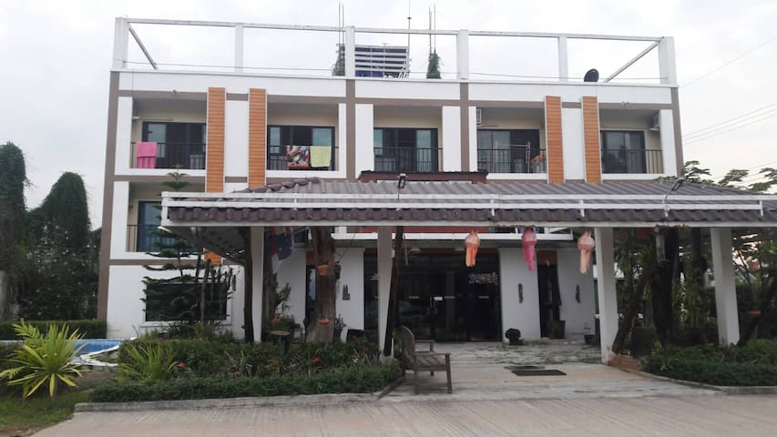 Two beds quiet location near Central Chiang Rai