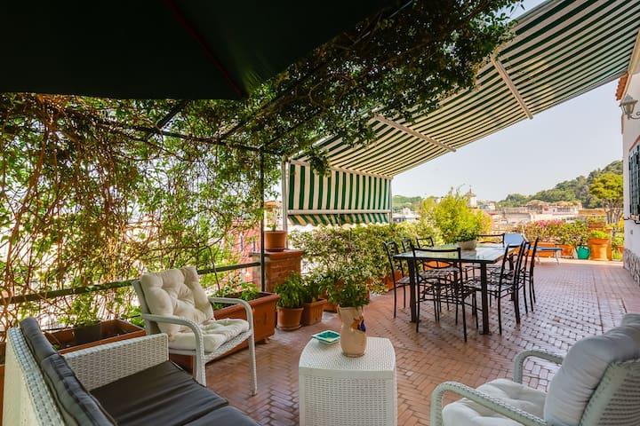 Cozy flat with terrace at Baia (Campi Flegrei)