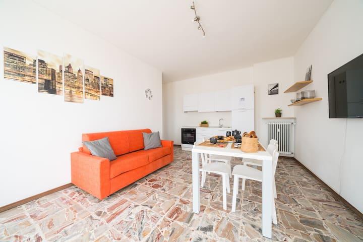 Bright Apartments Desenzano - Cavour Lake view 1