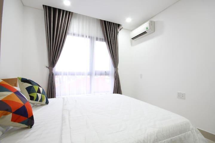 1 bedroom 4 rent 50m2 w balcony near by Vinhome