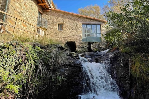 Ancient Water Mill with Jacuzzi and dependance