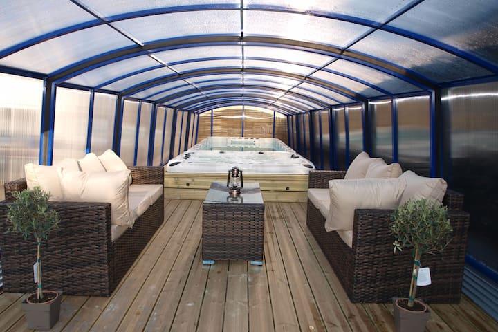Luxury Villa with Pool & Spa nr Beach & Le Touquet - Berck - Talo