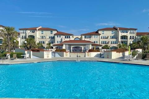 Quiet 1 bed 1 bath condo at Oceanfront Resort