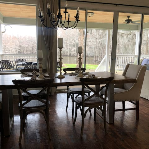 Enjoy your meals and views from the dinning room table.