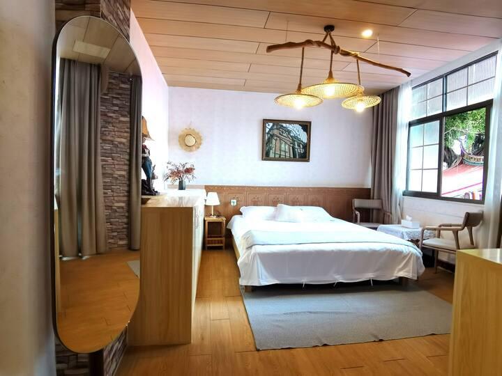鹭鸣居303中山路 近轮渡码头 独栋别墅一室大床房