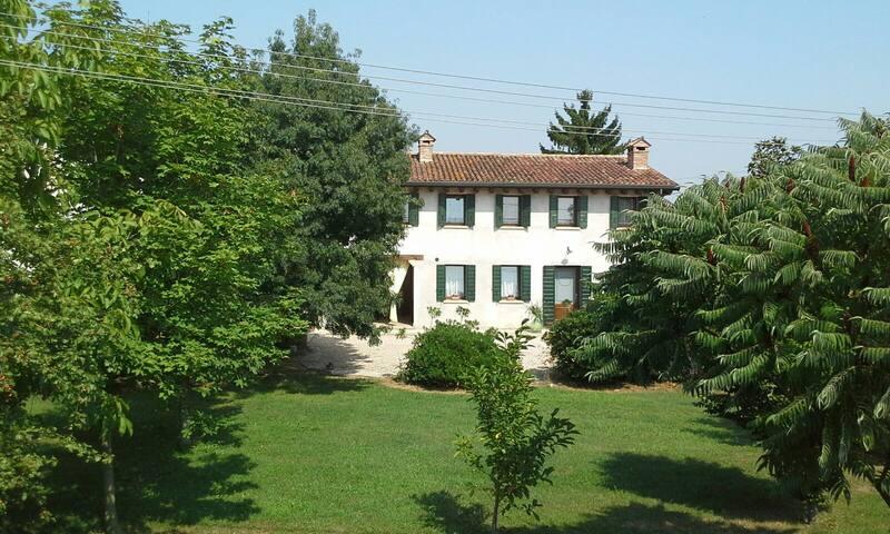 Camera Matrimoniale Agriturismo - Gazzo - Huis