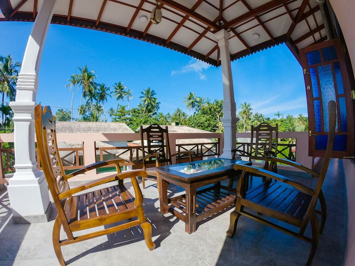 Rangana Holiday Home