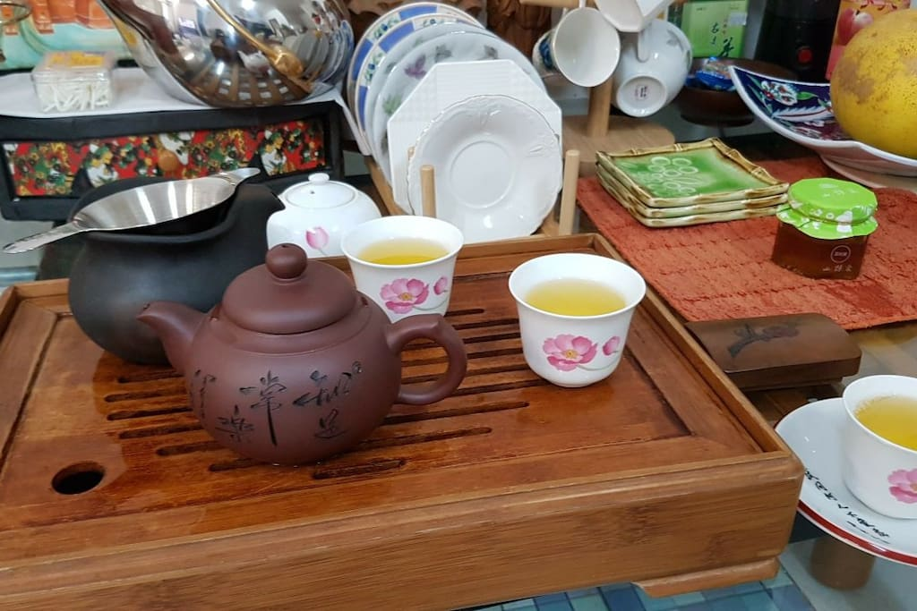 free local Chinese tea