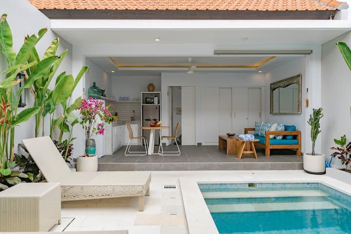 Relaxing Tropical Home | Casa Zahara Seminyak