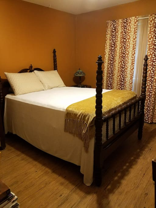 Private bedroom with double bed