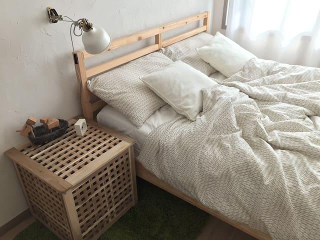 (special offer) Sunny DB room, 3mins > subway