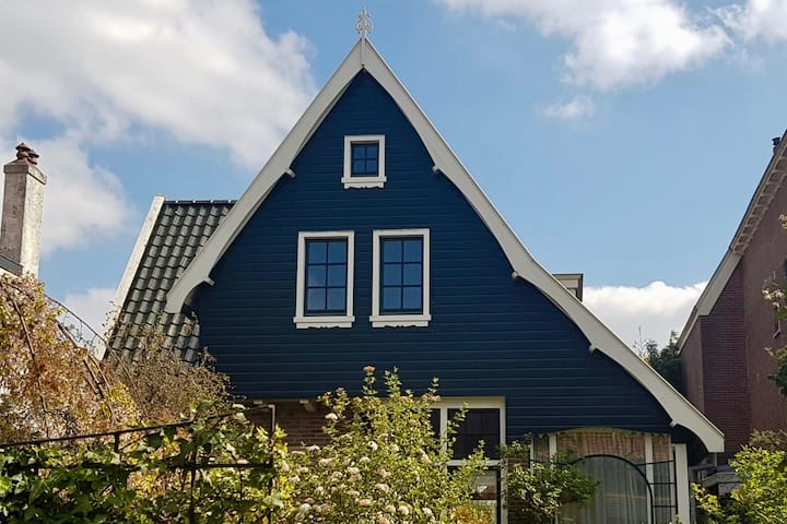 Traditional Dutch house close to the beach