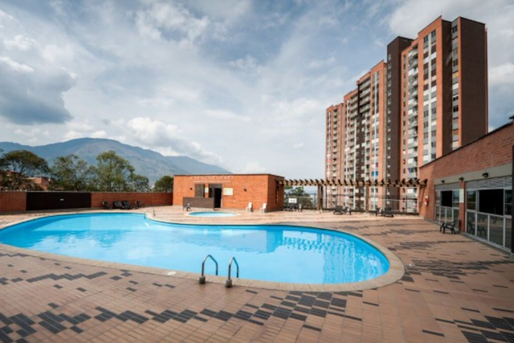 Swimming Pool. Also there are a steam room, sauna and gym in that area.