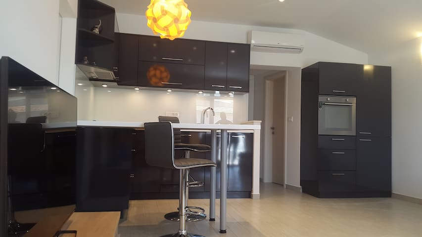 Apartment Iva with 2 bedrooms