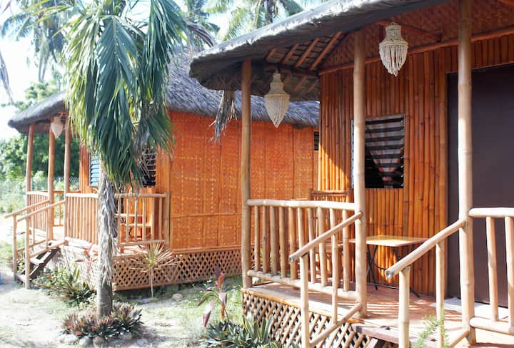 Ananets hotel- bungalow