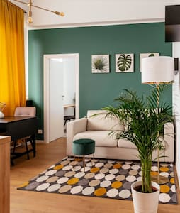 Beautiful Apartment |Top Location| Netflix+Balcony