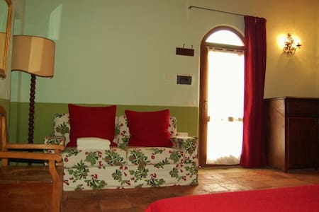 La Chiesa double room b&b - Gavorrano