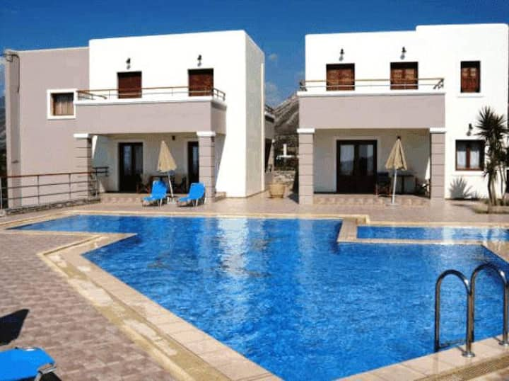 Cozy seaview villas in Elafonisos ideal for kids