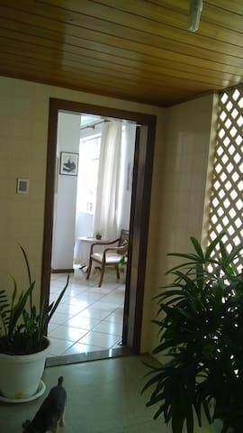 Hall de entrada - sem vizinhos