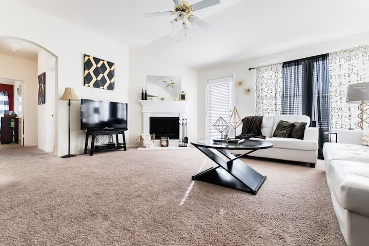 Villa Jaen Home away from Home Located in Ft Worth