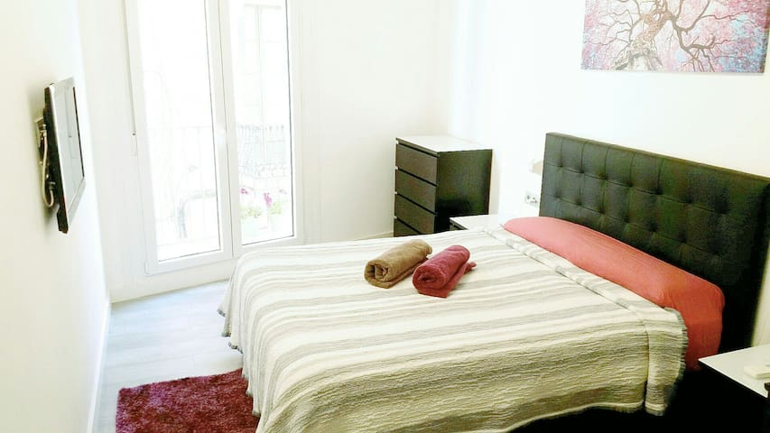 Lovely double room in the center