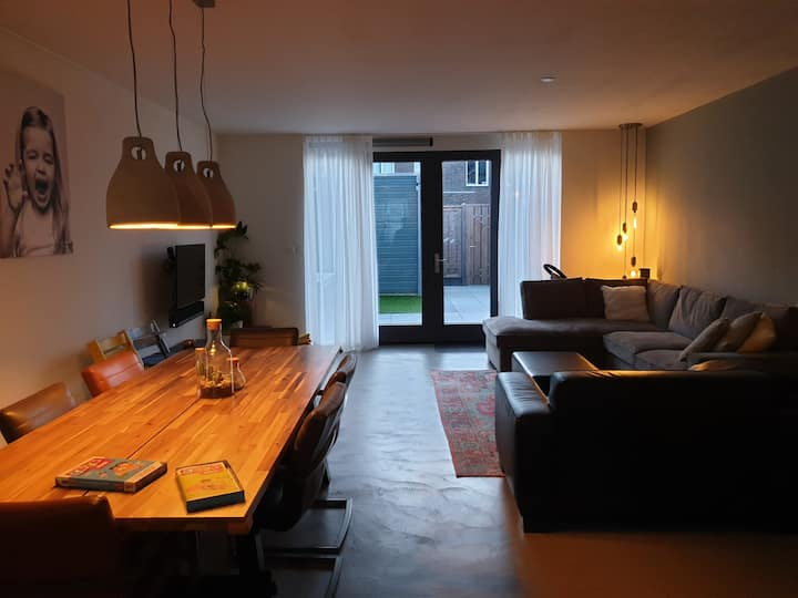 Spacious family home close to Utrecht center