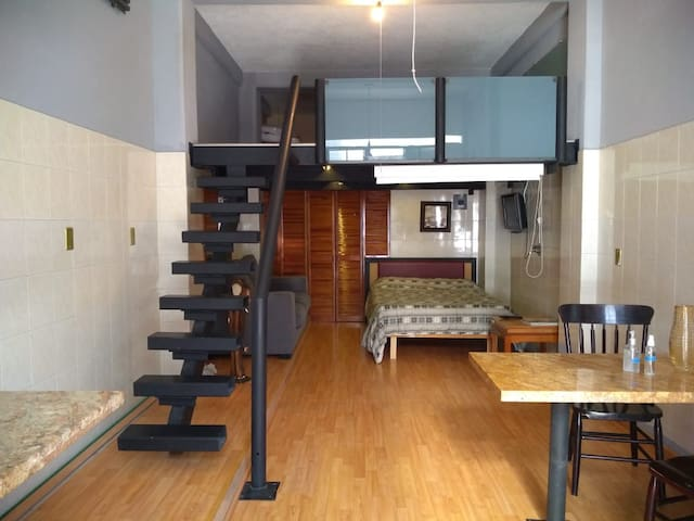 Santa Fe (cerca), loft completo y moderno