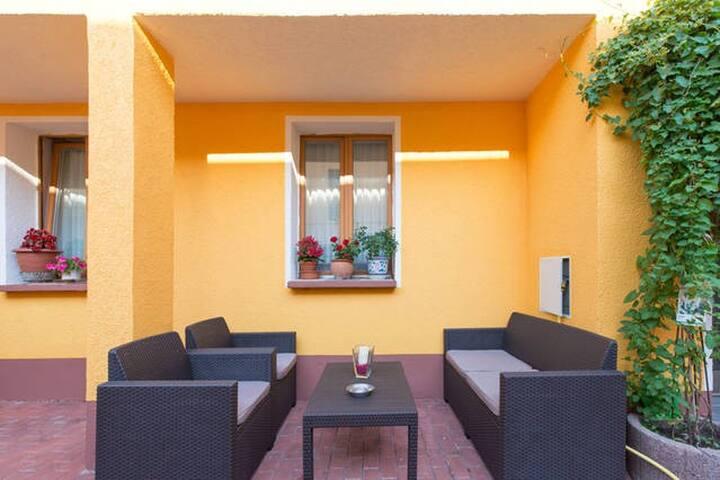 Frankfurt One Room Apartment - Neu-Isenburg - Flat