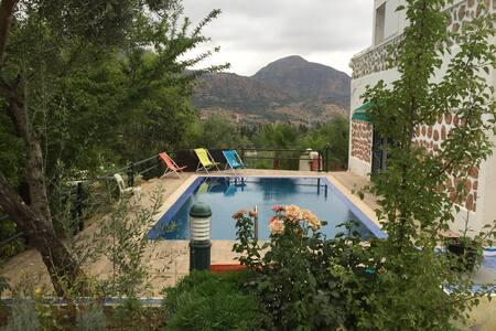 Villa les Novae (RIF mountains) - Taounate - Casa de camp