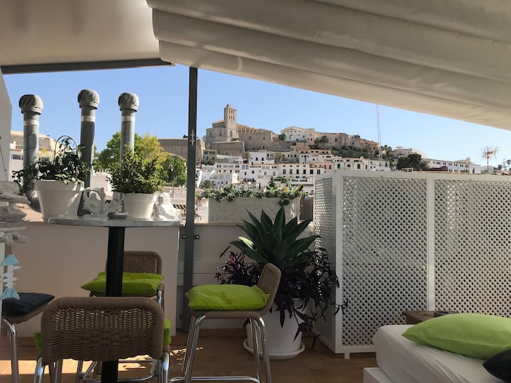 Verd_Apartment in Ibiza_ Old Town Port