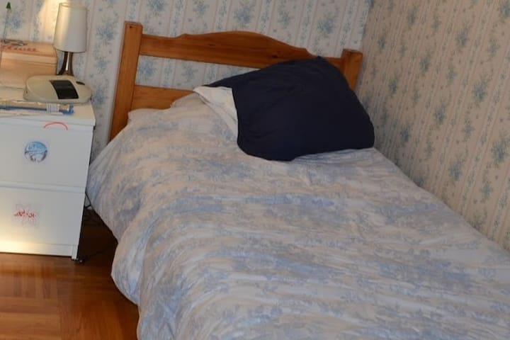 Petite chambre une ou deux personnes