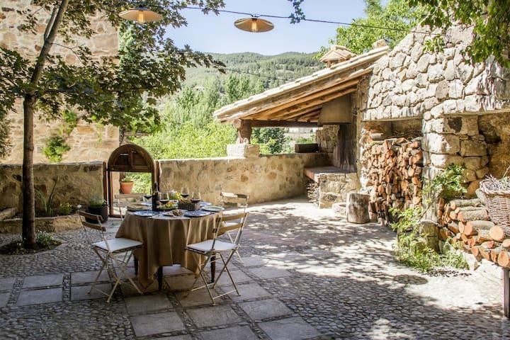 La Casa de Los Moyas, valle de Olba
