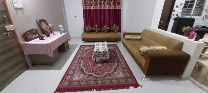 Specious, relaxing, 2bhk flat near Rankala