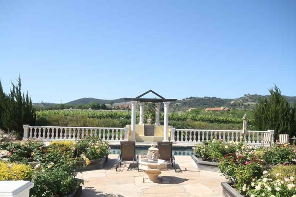 Exquisite views, amenities and relaxation await you at Bella Collina in Paso Robles