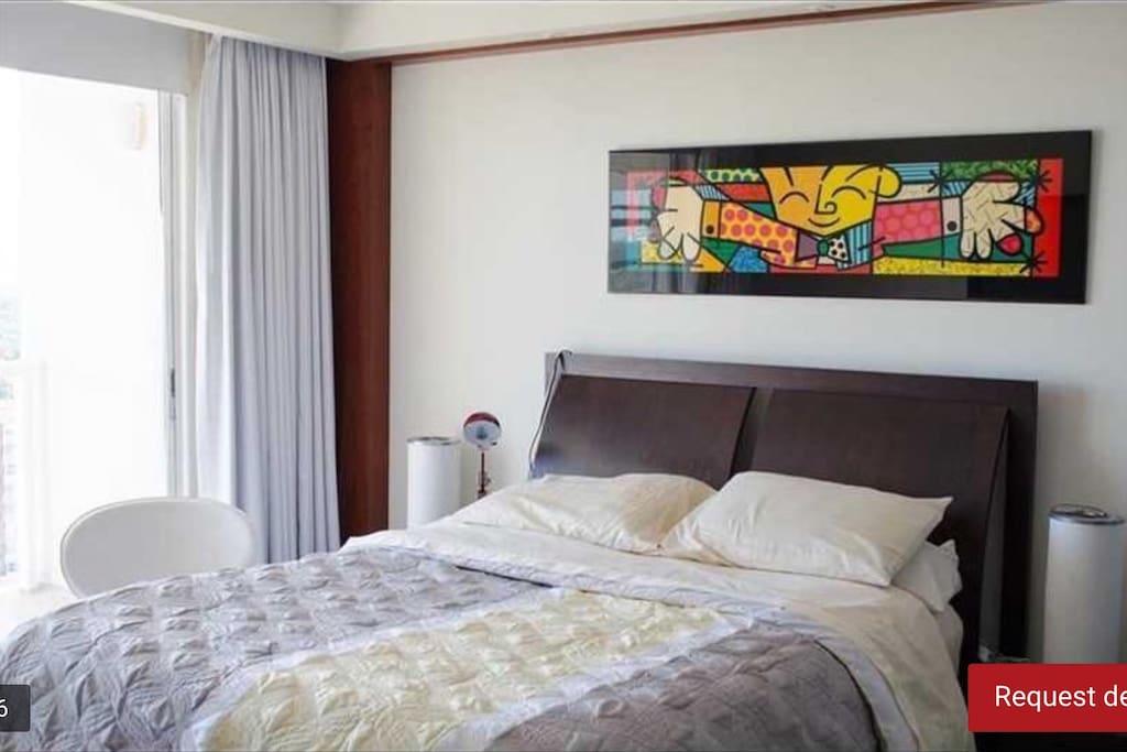 Queen bed rental bedroom