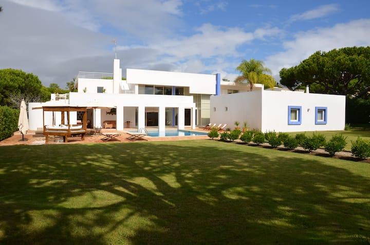 Casa das Salinas