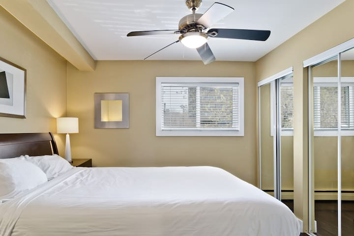 Bedroom- premium linens