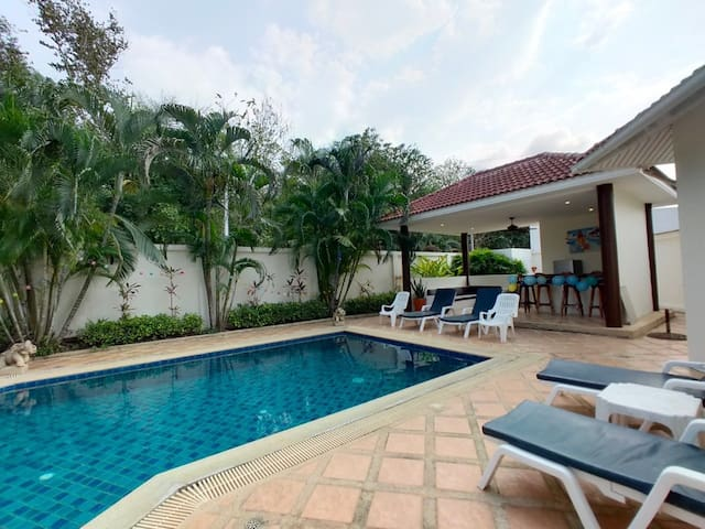 6 rooms Villa in Huai Yai/swimming poor/PATAYA