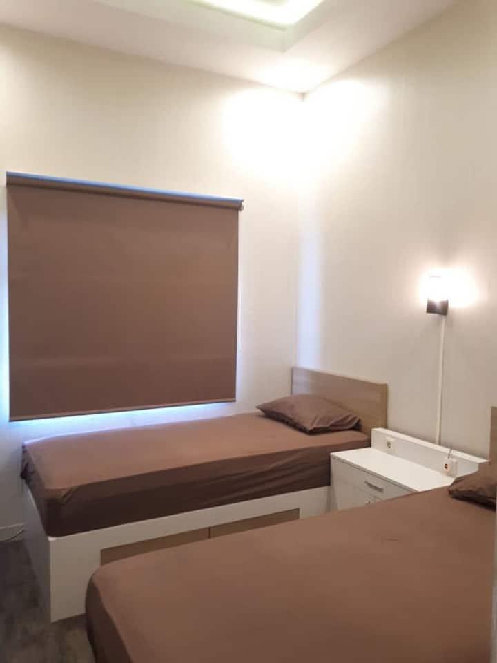 Sewa - Twin Bed Depan IPDN, Unpad &ITB (Easton)