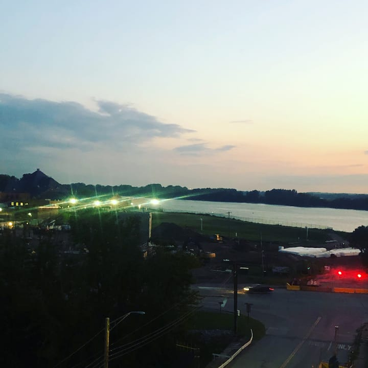 Executive apartment. Best view in Evansville.