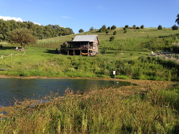 1850 Rustic Cabin 20acre Prairie 3stocked ponds