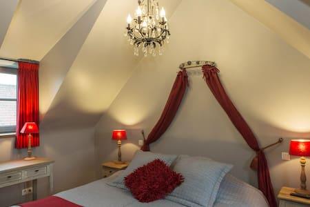 Duplex Cottage suite near Brugge - Bed & Breakfast
