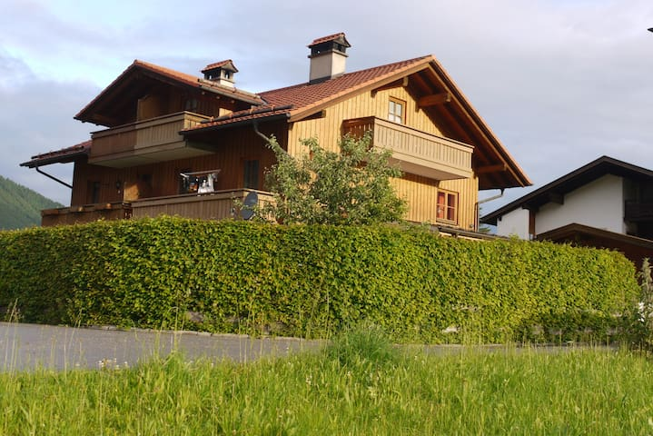 Christina's Mountain View - Oberammergau - Apartamento