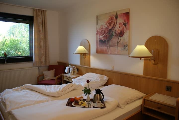 Doppelzimmer Standard im Hotel Zum Jägerkrug