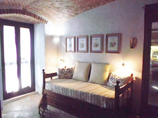 Camera nelle Langne Piemontesi - Bene Vagienna - 別荘
