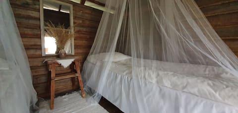 KONNEVESI, aitta 1-4 hlö:lle/cabin for 1-4 persons