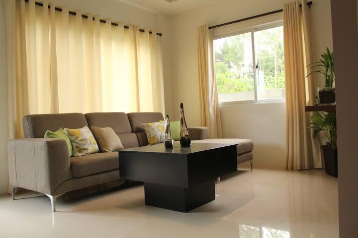 4 Bedroom home with modern open floor plan