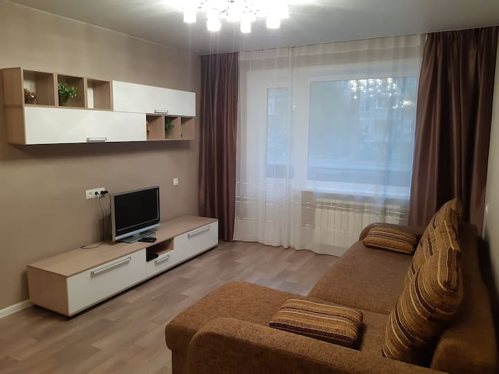 Уютная однокомнатная квартира с хорошим ремонтом.