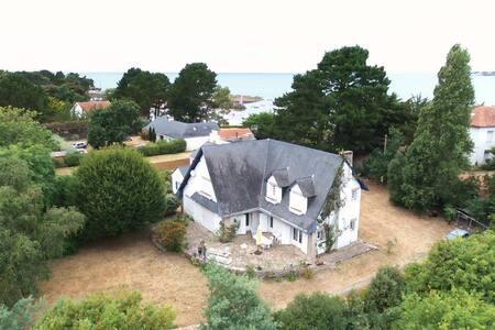 Maison de charme  près du port naturel du Toulru - Mesquer - Villa